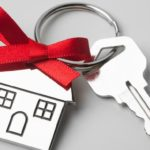 sell home key with bow